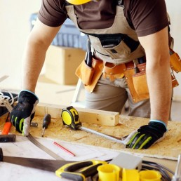Carpinteiro, Serviços de carpintaria,