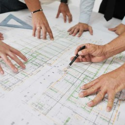 Projeto e licenciamento de espaços e edifícios